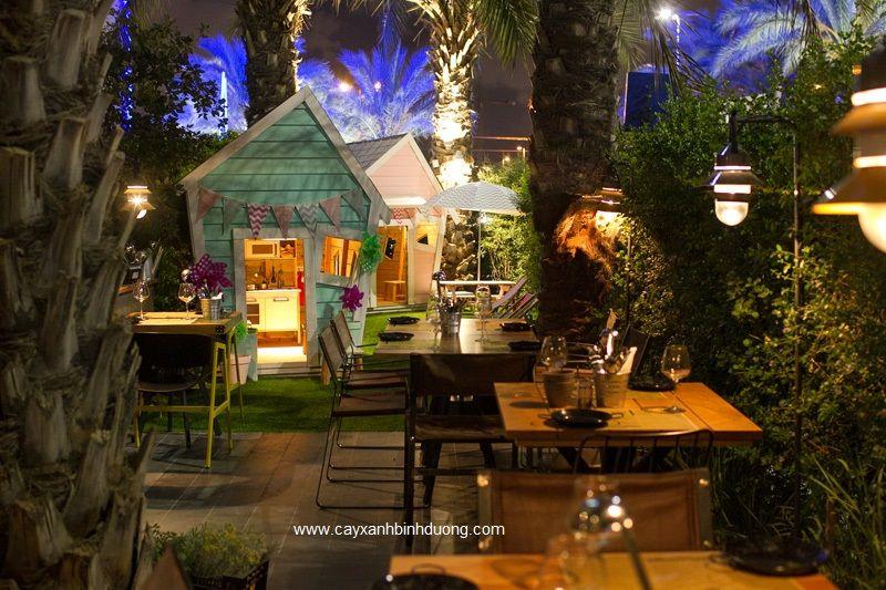 Contemporary Restaurant 090915 08