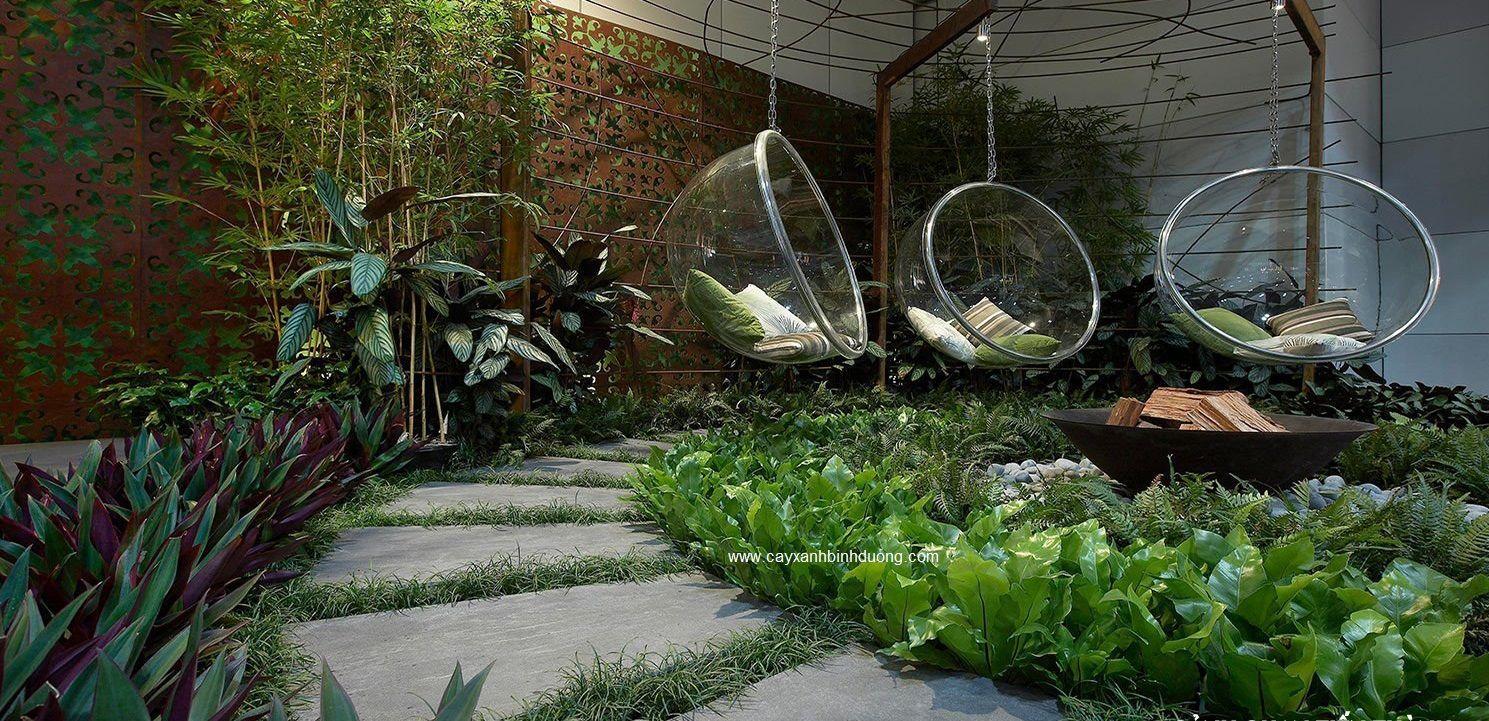 Góc Sân Vườn Nhỏ Với Xích đu Hiện đại
